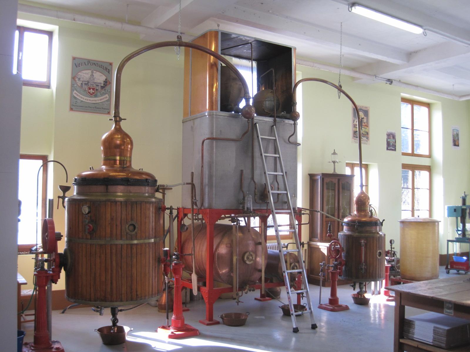Visite théâtralisée de la distillerie Pernot